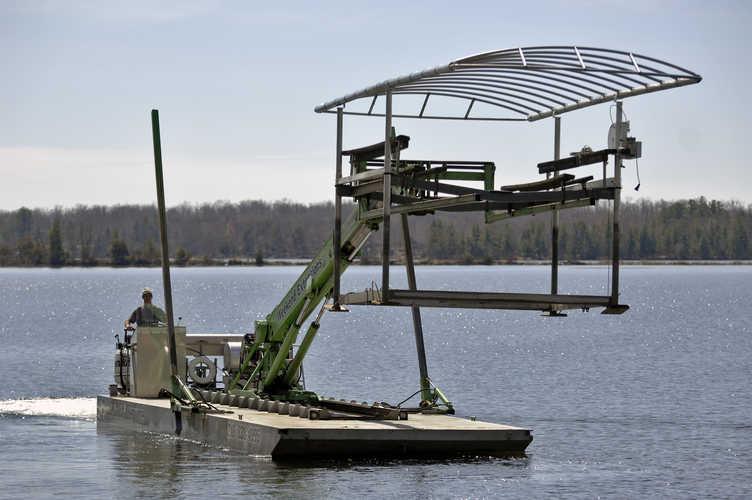 Removing Your Boat Lift Teamtalk